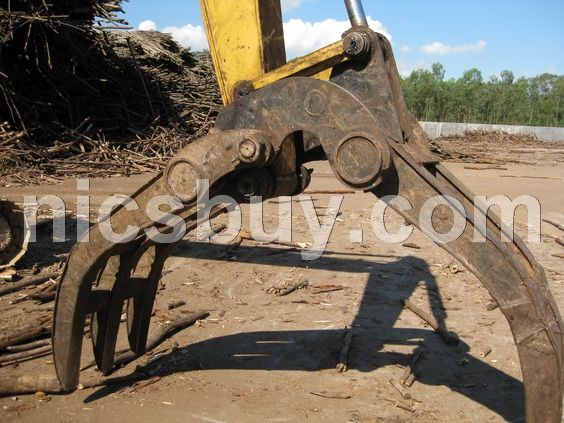 供挖�C配木材抓斗在上海格�博�C械有限公司