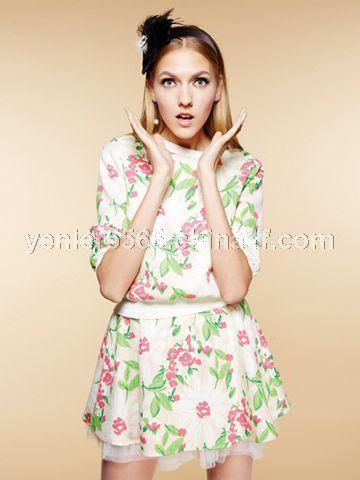 小衫+半裙